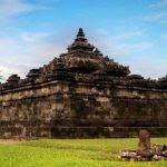 Wisata Murah Candi Sambisari di Tengah Pemukiman Warga